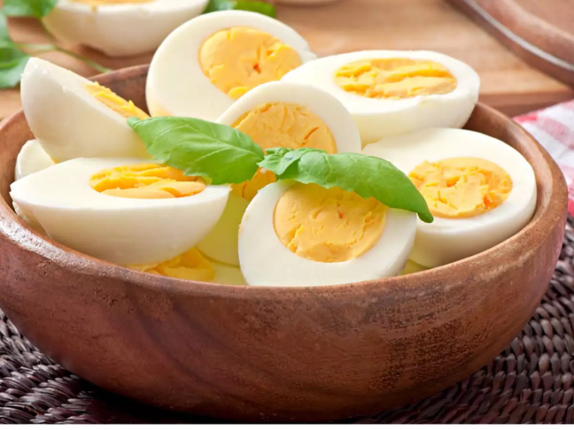You will be surprised to see so many benefits of eating eggs/WorldCreativities