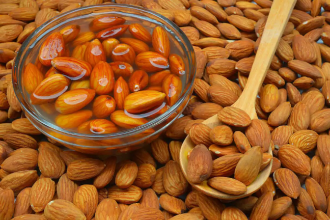 If you eat almonds, you can get these benefits every day/WorldCreativities
