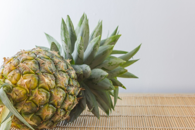 Pineapple is a magical fruit for health, know its advantages and disadvantages/WorldCreativities