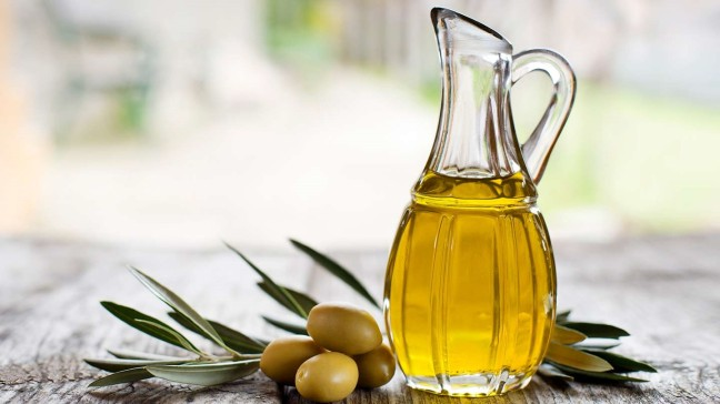 Olive oil is beneficial from health to beauty/WorldCreativities