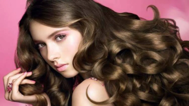 7 hair care tips to make your hair beautiful, long and shiny in winter/WorldCreativities