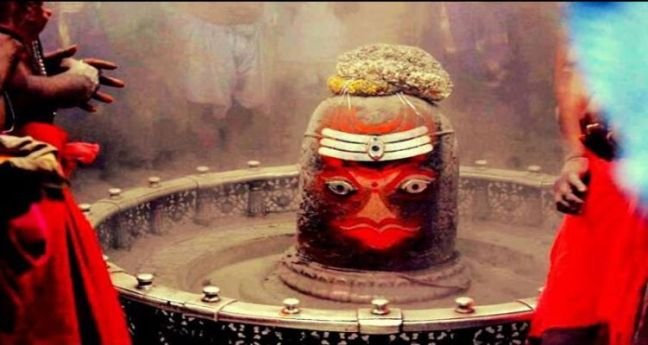 Science also fails here, this Shivling changes its color thrice a day. Where is this miraculous temple located - @worldcreativities