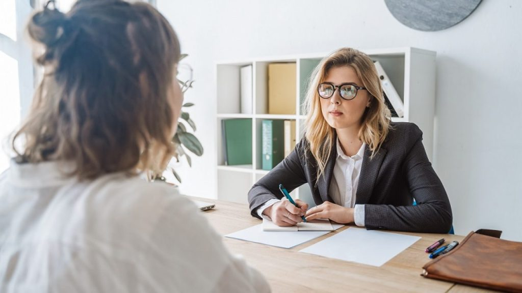 10 Most Common Interview Questions and Answers for Freshers