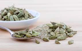 इलायची से करें पेट समस्या ठीक, वजन कम, सर्दी खांसी का घरेलु उपचार