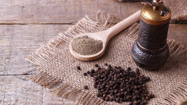 www.creativities.com Black pepper benefits, uses and medicinal properties