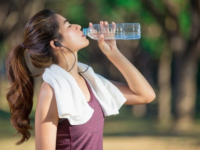 Dehydration test and know how much water the body needs