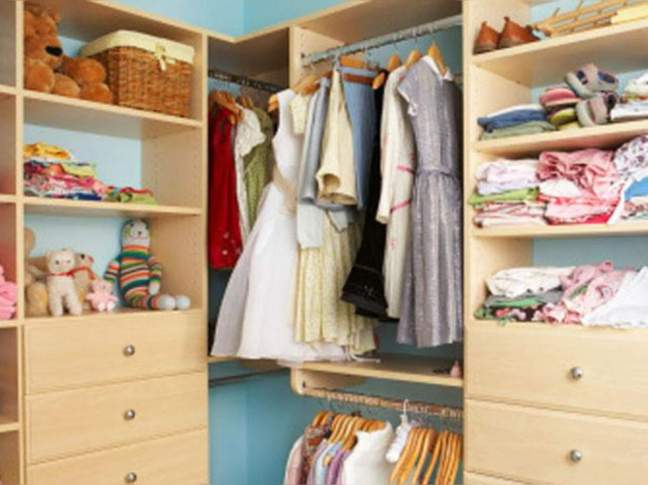 How To Protect Wardrobe From Moisture And Fungus With 8 Tricks