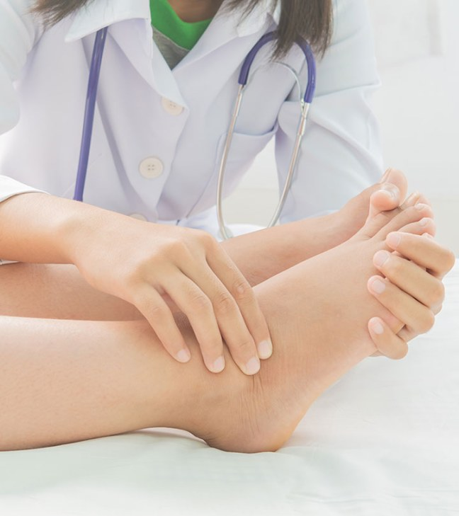 If there is itching in the feet, then try these home remedies