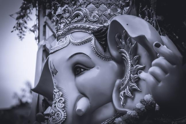8 miraculous mantras of Shri Ganesh will end every obstacle and calamity