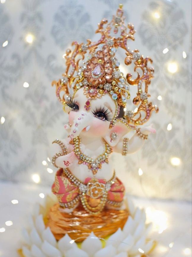 Ganesh Puja: Know the method of worshiping Ganesh ji on Wednesday, chant these mantras